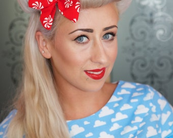 Small Red & White Swirl Hair Bow