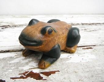 Vintage Wood Frog