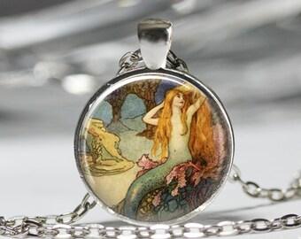 Mythical Mermaid Jewelry, Vintage Mermaid Ocean Necklace, Mythical Mermaid Pendant [C48]