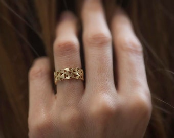 Modern Gold Ring, Wide Gold Band, Geometric Ring, Gold Triangle Ring, Gold Mens Band, Unisex Ring