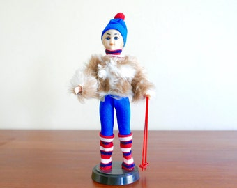 French skier doll, 1960s / mode sixties vintage