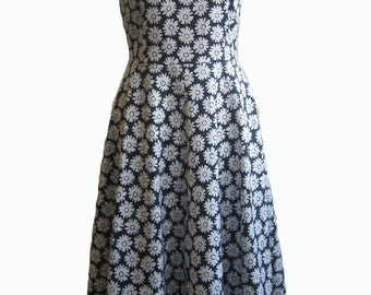 short sleeved dress with flower print