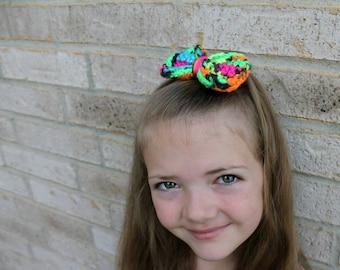 Neon Hair Bow - Girl's Hair Bow- Crochet Bow