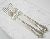 Wedding Forks with Dates, I Do Me Too Forks, Bride Groom Forks, Wedding Forks, Hand Stamped Forks, Wedding Table Decor, Wedding Gift, Forks