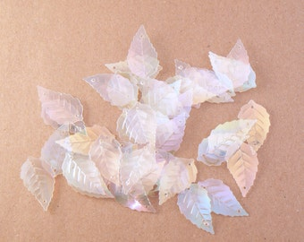 "50 PCS - 25 mm or 1"" Clear Rainbow Finish Leaf Shape Sequins - Loose Sequins"