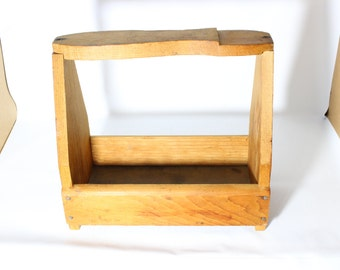 Wooden Shoeshine Box / Vintage Storage or Display Case / Rustic Decor Shoe Shine Basket