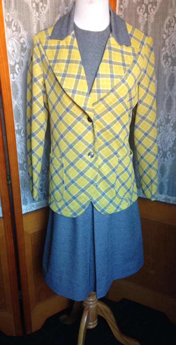 SALE Vintage 60s/70's Apollo Knitting Mills, by Mr. Stanley  Grey Shift Dress and Yellow, Gold and Gray Plaid Jacket M 10/12  Polyester Suit