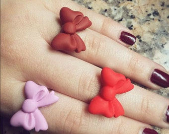 Adjustable ring with bow in fimo