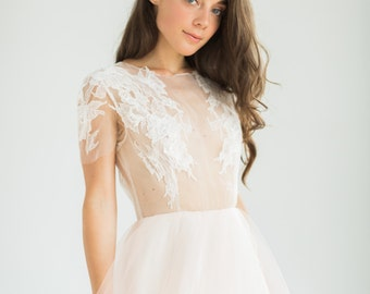 Romantic ball gown peach wedding dress with sheer bodice with handmade lace decoration // Persica wedding dress