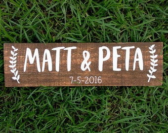 Personalised Wedding Sign, Welcome Sign, Wedding Signage, Painted Sign, Rustic Wedding Sign, Wedding Props, Wedding Decor | 35cm x 10cm
