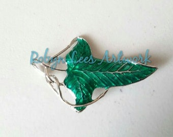 Green and Silver Leaf Costume Brooch Pin
