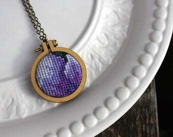 Vintage Purple Cross Stitch Necklace. Wooden Embroidery Mini Hoop. Stitched Antique Needlework Punto de Cruz Pendant. OOAK. Ready to Ship.