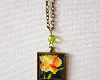 Yellow Jonquil Daffodil Flower Floral Necklace Antique Brass Finish Pendant Necklace with Green Bead
