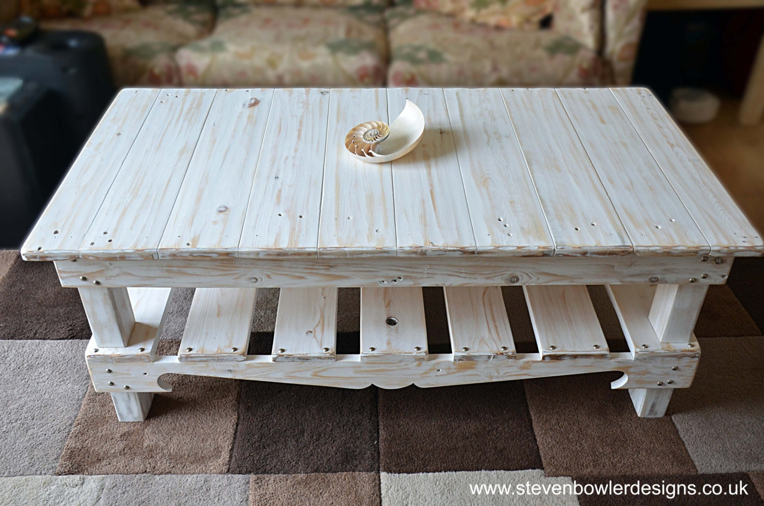 Free uk shipping reclaimed wood coffee table white for Where to find reclaimed wood for free