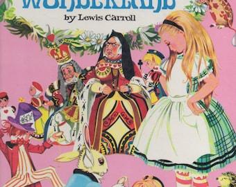 Alice in Wonderland- Illustrations by Janet and Anne Grahame Johnstone- 1968