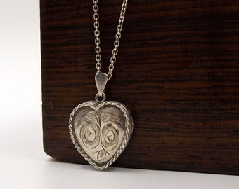 Silver Heart Locket On A Chain | Vintage Sterling Silver Photo Locket Pendant Necklace | Hallmarked 1977