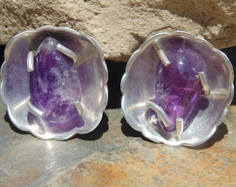 Far Fan ~ Vintage Mexican Sterling Silver with Natural Amethyst Stone Screw Back Earrings c. 1940's