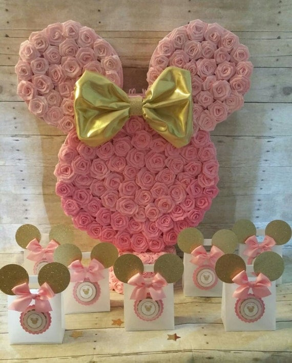 Pink and gold minnie mouse piñatagold party