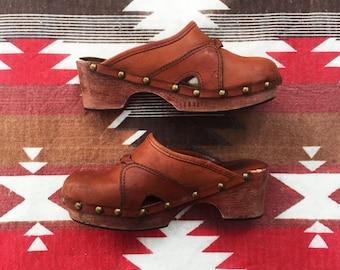 70s Cognac Leather Clogs  | Size 6  |  Platform Studded Wooden Heel Clogs  |  Woven Detail Wooden Clogs  |  60s Hippe Bohemian