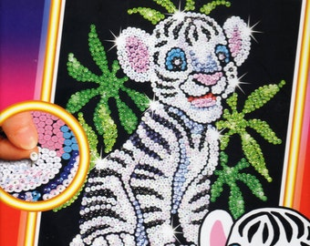 Toby the Tiger SEQUIN ART Craft KIT, Brand New For Age 6 plus