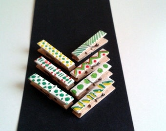 Decorative Clothespins,2.36 Inch,Set of 7 Mini Hand Painted Clothespins Wooden Clothespins,Chevron Polka Style,Splatters
