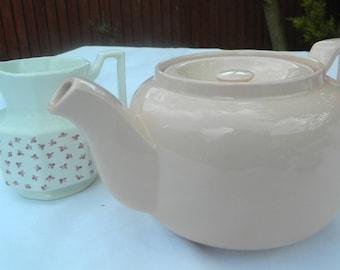 Johnson Bros Retro Teapot in Pastel Pink ~ 4 Cups