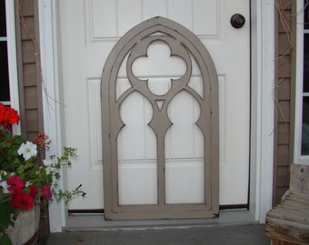 Clover Cathedral Window Frame