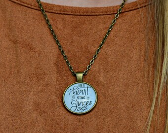 "Vintage Necklace ""Tune thy Heart"""