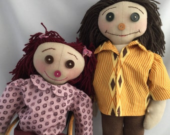 Raggedy dolls.  Button Eyed Rag Dolls. Hand made rag dolls by Paris Java Dolls.