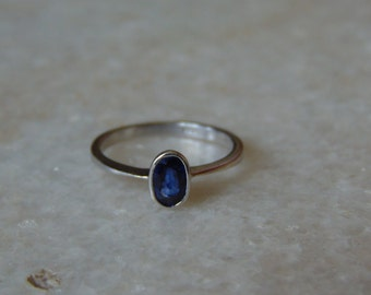 AAA quality natural blue sapphire ring in 925 sterling silver