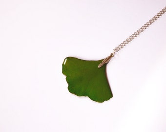 Real ginkgo leaf necklace, Green leaf pendant, Nature gift Botanical jewelry, Woodland gift Folk jewelry , Naturalist Gift for mom, sister