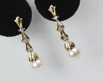 Vintage 14k Gold Pearl and Diamond Earrings Gold Dangle Earrings Cultured Pearl Earrings Drop Earrings 14k Gold Diamond Earrings Bridal