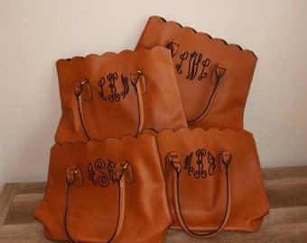 Monogram bag set of 9 bridesmaids totes- Bridesmaid gifts - bridemaids presents- nine bridesmaid bags