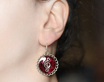 Red earrings Music jewelry Treble clef earrings Red circle earrings Modern jewelry Sparkle gift earrings Girlfriend gift Musicians jewelry