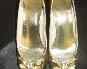 Gold Peep Toes with Diamante Bow