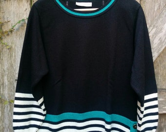 """Black and White Sweater/80's Sweater/Retro/Tailored By Harlan/Size 14/20""""Chest/27""""Long/22""""Sleeve/*FREE GIFT WRAP*"""