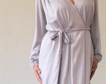 partty dress,wrap dress,lace detail dress,knee length dress,long sleeves dress,V-neck midi dress