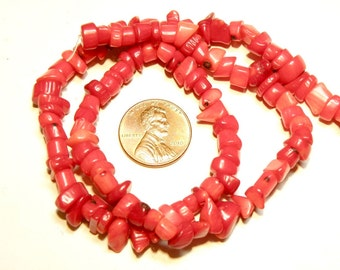"""DESTASH - 15.75"""" Strand of Red Bamboo Coral Chips and Chunks Beads --- Lot 3A"""