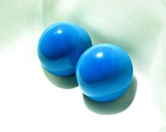 Enamel Clip Earrings Vintage 50s Costume Jewelry Ombre Blue