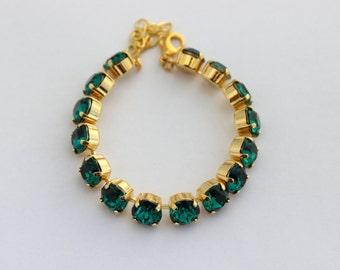 Emerald bracelet, Green bracelet, Emerald Swarovski bracelet, Rhinestone bracelet, Christmas wedding, emerald and gold tennis bracelet