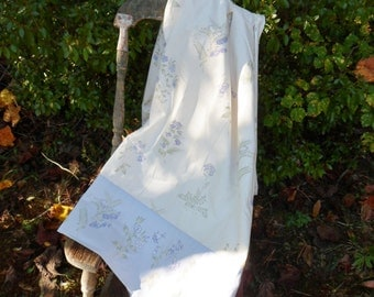 Laura Ashley Twin Flat Sheet, Lavender and White Floral Bed Sheet