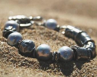 Big pearl bracelet. Grey pearl. Baroque pearl. Boho jewelry. Pulsera con perlas. Perlas grises. Grosse perle. June birtstone. Ancient.