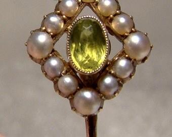 Edwardian 15k Peridot Seed Pearl Stickpin Tie Pin 1900 15 K Stick Pin