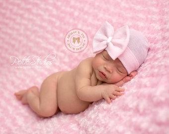 NEWBORN GIRL take home hat/ Newborn Beanie / White and Pink Beanie with Bow/ Portait Hat/ ...