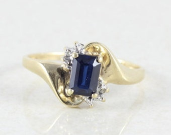 10k Yellow Gold Blue Sapphire with Diamond Accents Ring Size 7