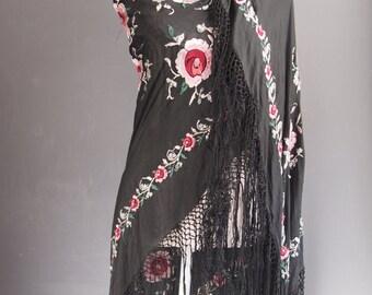 Silk piano shawl/gypsy/floral scalf/art deco shawl/silk scarf/festival fashion/embroidered scarf/roses/goth/showgirl/burlesque/shawl/boho
