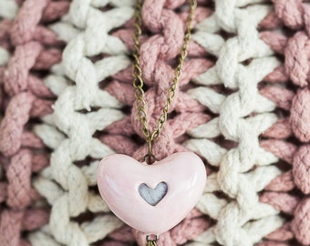 Pomander - Ceramic rosy heart - Heart shape ceramic pendant - Essential oils diffuser necklace - Aromatherapy pendant - Aroma diffuser