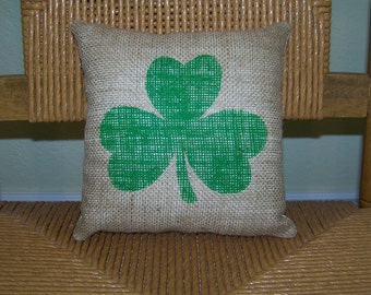 Burlap Shamrock pillow, St. Patrick's day pillow, clover pillow, stenciled pillow, Irish pillow, Decorative pillow, FREE SHIPPING!