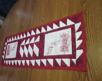 Holiday red bird table runner