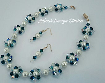 Swarovski Pearls and Crystals Necklace Set